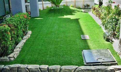 Taman rumput sintetis